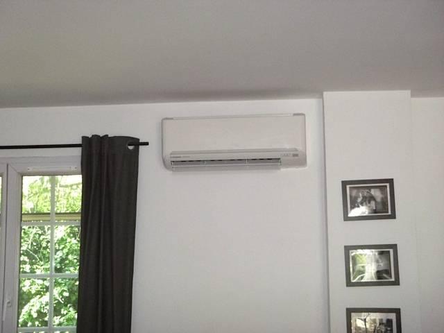 devis gratuit pour une climatisation dans un salon de 30m2 allauch axiome 13. Black Bedroom Furniture Sets. Home Design Ideas
